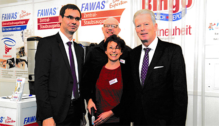 fawas-messe-besuch